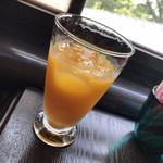 自由亭喫茶室 - 長崎みかんジュース