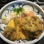 喜多一 - 料理写真:秋の一押し 天ぷらぶっかけうどん