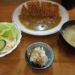 とんかつ 燕楽 - 料理写真:カツカレー