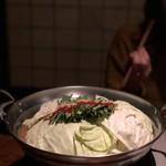 もつ鍋 丸幸 - 料理写真: