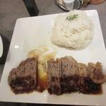 品川ハイボールバー - 野菜移転=肉.ご飯