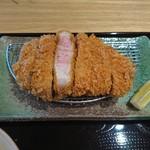 とんかつ 豚肉お料理 純 - 特選黒豚ロースカツ