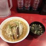 らー麺 つけ麺 おぐり - 料理写真:バカ馬醤油らーめん+ランチセット  チャーシュー飯