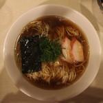 麺や 大和 - 支那そば(黒だし)(700円、真上から)