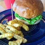 93462693 - アボカドモッツァレラチーズバーガー                       美味しいものを食べたいときはカロリー気にしてはいけません(笑)