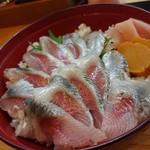 寿司けん - イワシ刺丼(1,200円・税別)