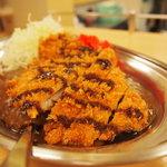 カレーのチャンピオン - カツカレー(ご飯中盛り)\680
