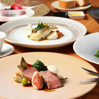 地元食材を使用したフランス料理