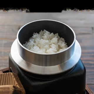 選べる釜飯米と自家製パン◎どちらもお肉との相性ばっちり!