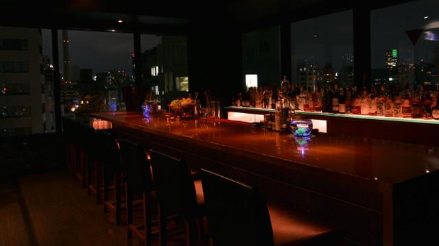 Bar Deva カウンター