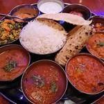 南インド料理 ドーサベル - ・Non Veg Thali 2300円