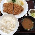 93481868 - ロースカツ定食@2,900円
