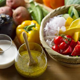 """朝どれ野菜の新鮮な旨みを""""畑バー""""でお楽しみください"""