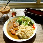 93498570 - 野菜たっぷり玄米カレー。