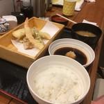 丸の内天ぷらめし 下の一色 - てんぷら飯はまあまあ