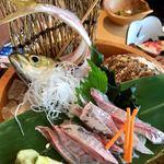 直送海鮮なるみ丸 - 料理写真:あじのお造り