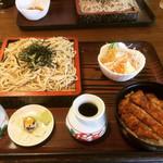 囲炉裏焼と蕎麦の店 うえ田 - Aざるセット(ミニ鶏カツ丼+ざる蕎麦) ¥970-