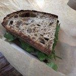 キャメルバック リッチバレー - いわしのサンドウィッチの半分です
