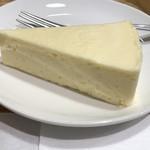 ピース コーヒーロースターズ - 絶品のチーズケーキ
