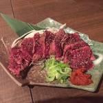 会津馬肉のタタキ