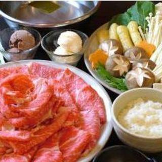 ランチは食べ放題orお肉定量!