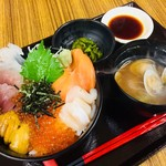 民宿・食堂 潮騒 - メイン写真: