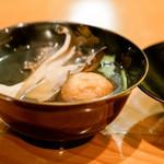 日本料理 たかむら - 舞茸椀