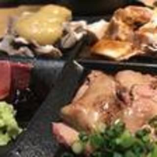 新鮮な肉刺でお酒がドンドン進む…