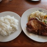 93537177 - 千葉県産林SPF豚のポークジンジャー