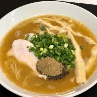 ★濃厚鶏パイタンそば「村麺」★