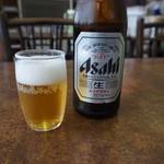 餃子の砂子 - 瓶ビール♪