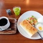 サンタイカフェ - 料理写真:モーニング(全体)