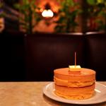 ニット - 分厚く甘い香りのホットケーキ。