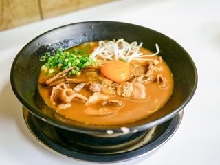ラーメン東大 - ■濃厚徳島ラーメン 肉増し 950円