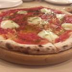 PIZZA DINING JOYs - 何が食べたい?って聞かれてマルゲリータと言ったような…