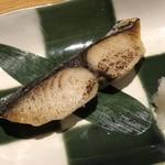 海山邸 - *鰆の味噌焼き・・お味噌の風味は弱いですけれど、厚みがあり大根おろしと共に頂くと丁度いい。
