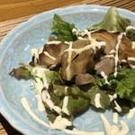 海山邸 - *鶏の照り焼き・・鶏肉は少し硬めですけれど、しっかりした味わいでご飯に合います。