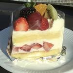 ミヤケ - 季節のショートケーキ