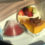 ミヤケ - カシスモンフジ 季節のショートケーキ かぼちゃプリン
