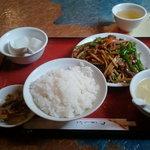 Saimien - 牛肉とピーマン炒め800円です。