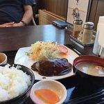 北の厨房 - 料理写真:デミハンバーグ定食850円