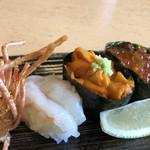 にぎり長次郎 - 北海三昧(704円)