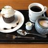 珈琲 菱屋 - 料理写真:トラジャフレンチロースト、クリームマフィン
