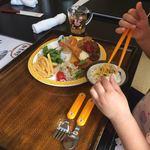 海鮮丼 とろ作 - お子様プレート