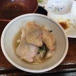 海鮮丼 とろ作 - シメのお茶漬け