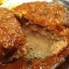 GEORGE Ⅴ - 料理写真:ハンバーグは肉汁いっぱいでした