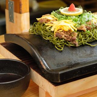 下関発祥の料理【瓦そば】専門店◆茶そばは自家製麺で勝負!