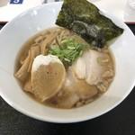 ラーメン ツバメ - 煮干し中華そば醤油830円