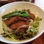 洋食勝井 - 柔らかくて美味しいお肉です