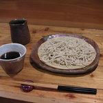くりはら - 料理写真:盛り蕎麦(200g)  900円             大もり(300g)  1300円